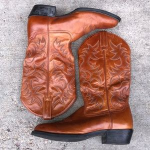 Like New Ariat Cowboy Boots